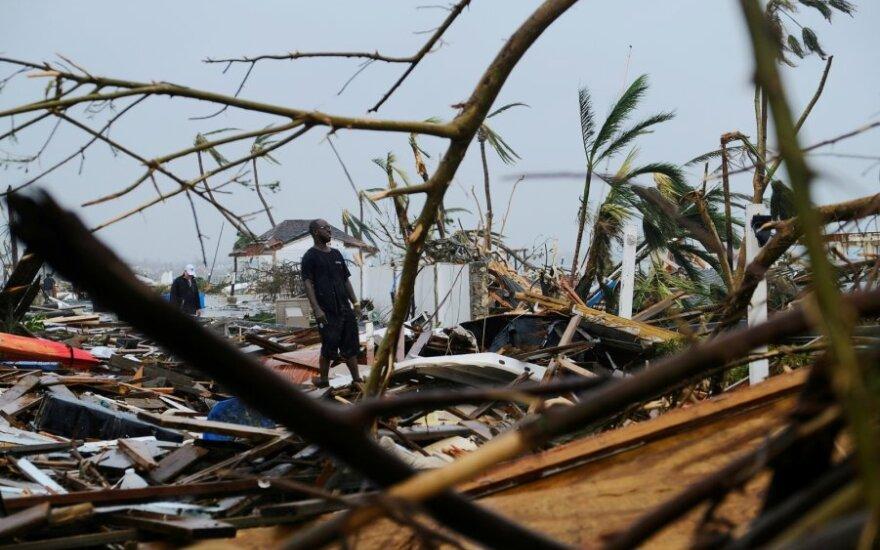 """Количество смертей в результате урагана """"Дориан"""" в Америке возросло"""