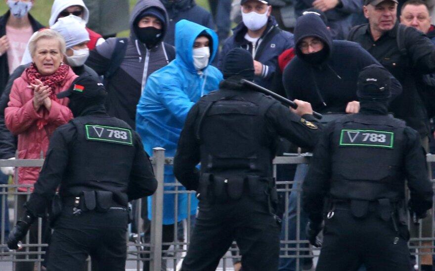 В Минске милиция разгоняет и задерживает студентов, вышедших на Марш молодости