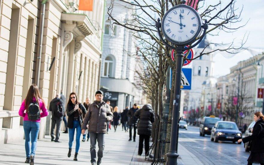 Брюссель осторожно оценивает идею Литвы отказаться от летнего времени
