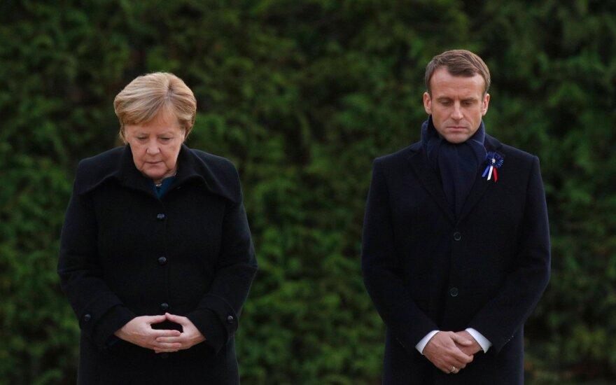 В Париже началась церемония памяти погибших в Первой мировой войне. Последним приехал Путин