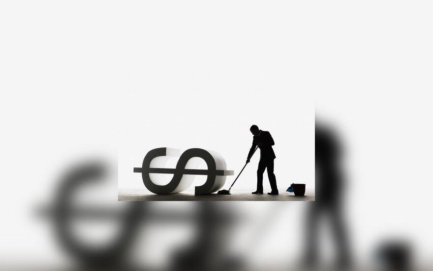 Doleriai, pinigai, nuvertėjimas