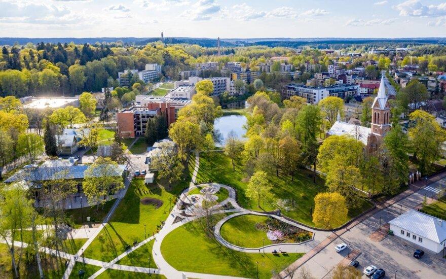 На литовских курортах нет иностранных туристов: как города живут без россиян и белорусов?