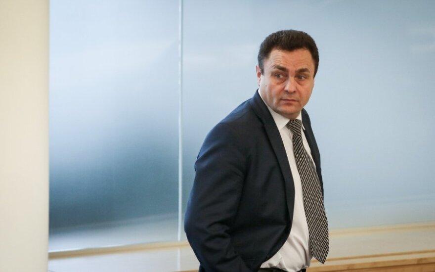 Парламент Литвы дал оплеуху Гражулису