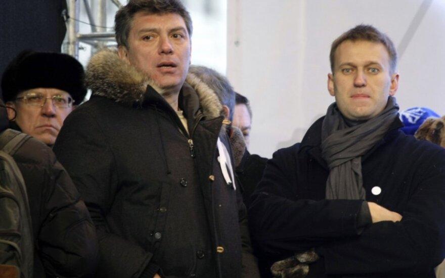 Навальный обвинил власти РФ в причастности к убийству Немцова