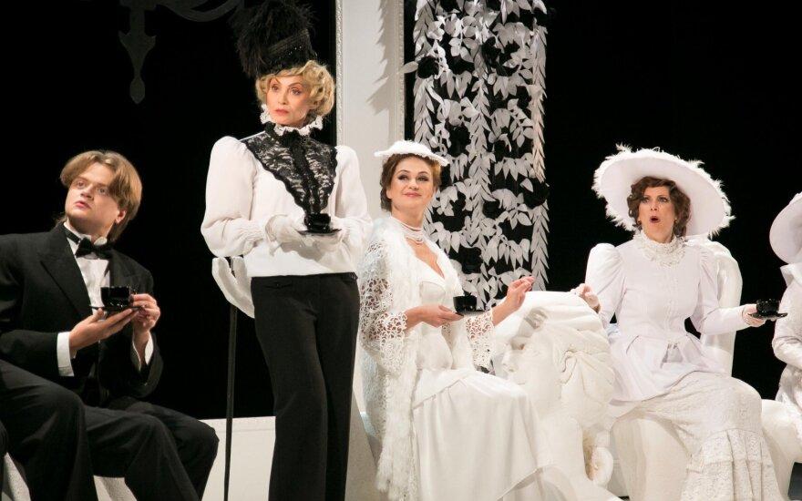 Репертуар Русского драматического театра Литвы на апрель