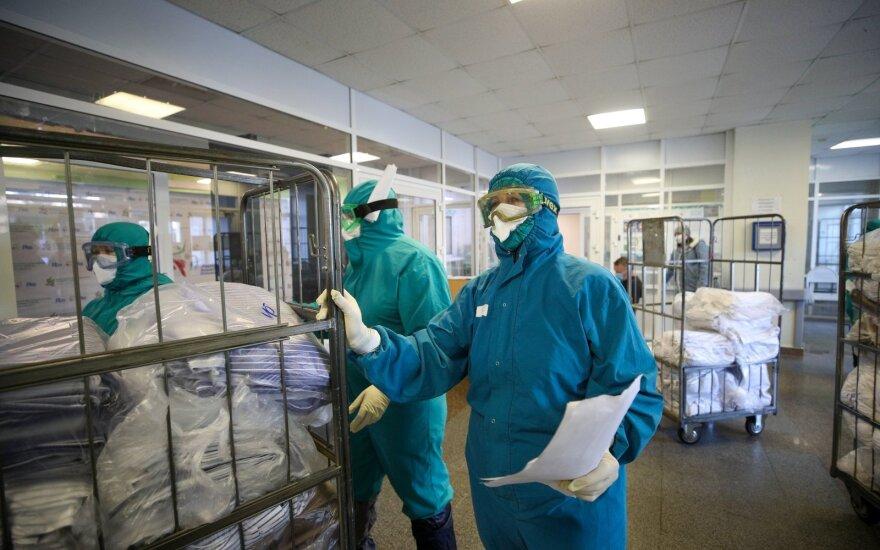 В России за сутки умерли 442 человека, болевших COVID-19. Это новый рекорд суточной смертности