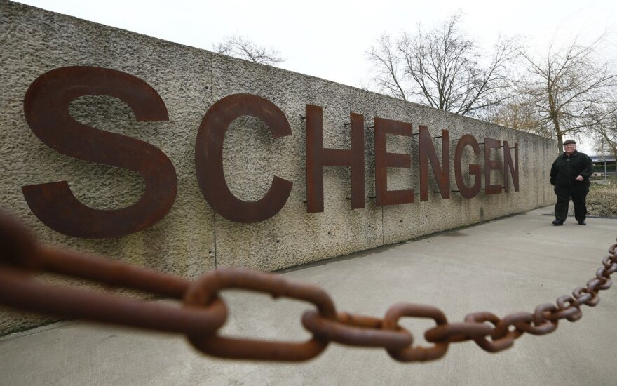 Совет ЕС одобрил ужесточение контроля за въездом в Шенген