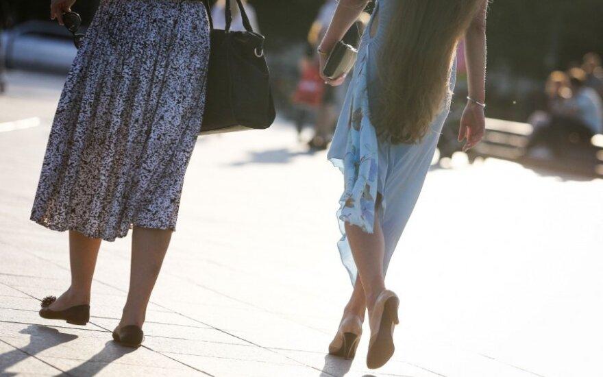На улицах Вильнюса – необычное предложение студенткам