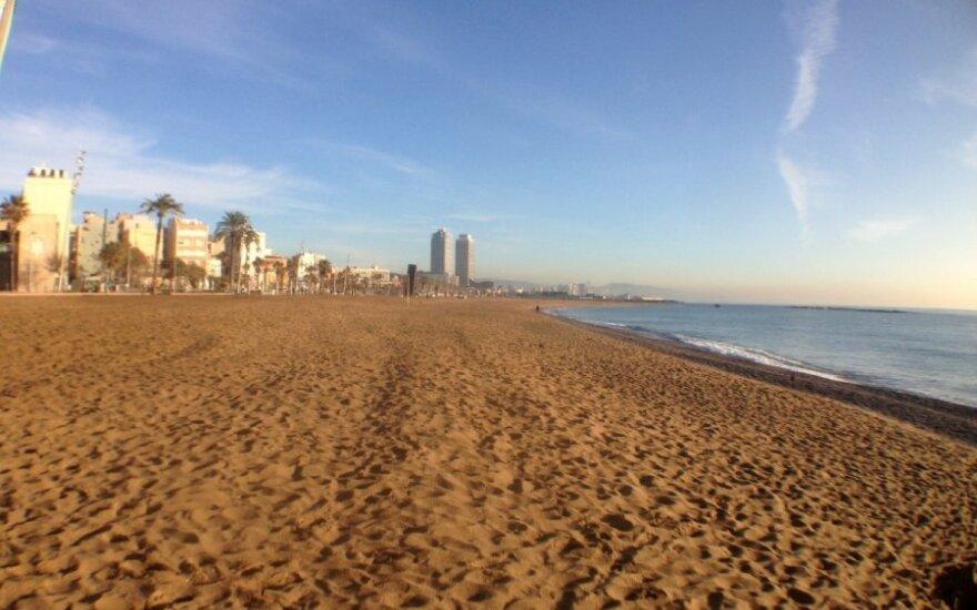В Барселоне вблизи пляжа обнаружено взрывное устройство