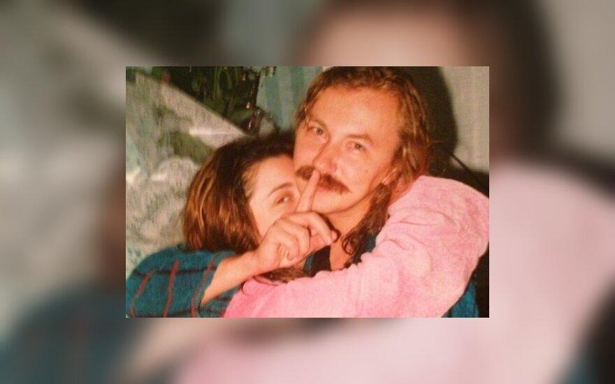 ФОТО: Привет из 90-х - Крутой с волосами, Николаев с усами