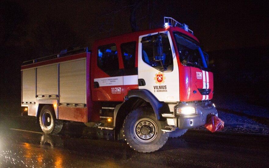 Большой пожар в Паневежском районе - горела мусорная свалка
