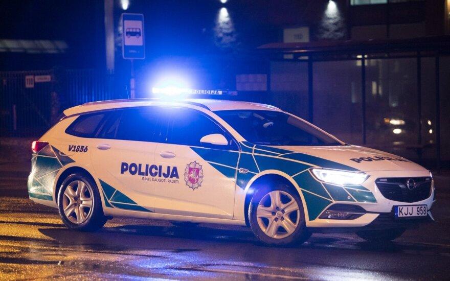 Житель Клайпеды выбросил сожительницу с балкона