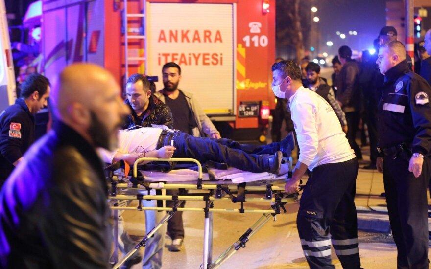 Руководители Литвы выразили соболезнования в связи с терактом в Турции