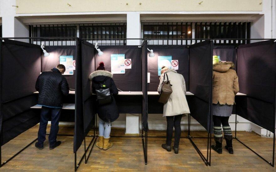 Политологи: победа комитетов на выборах в Литве говорит об эрозии партийной системы
