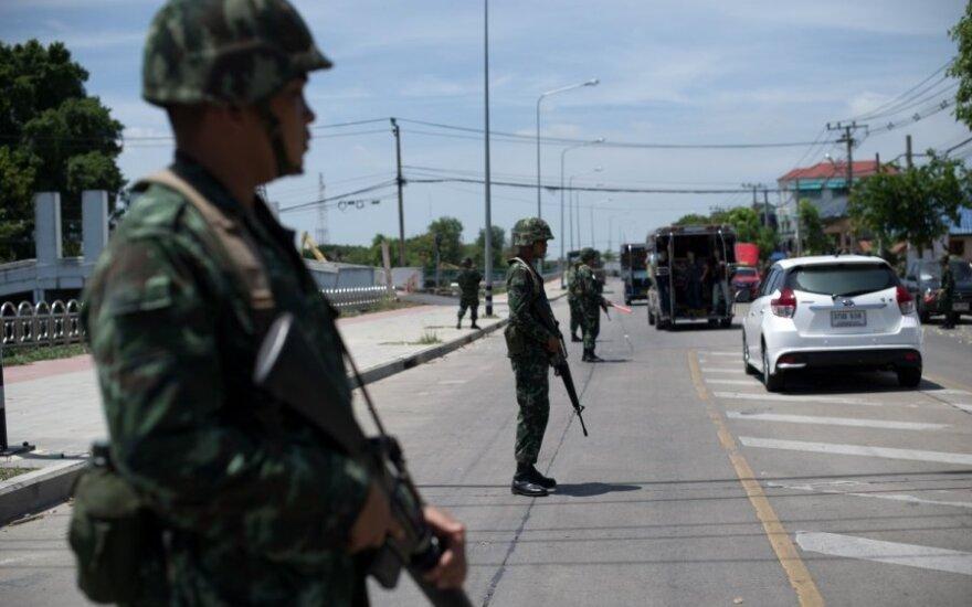 В результате взрыва двух бомб в Таиланде пострадали 11 человек