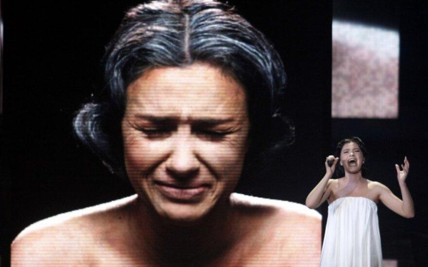Анастасия Приходько рассталась с отцом своей дочери