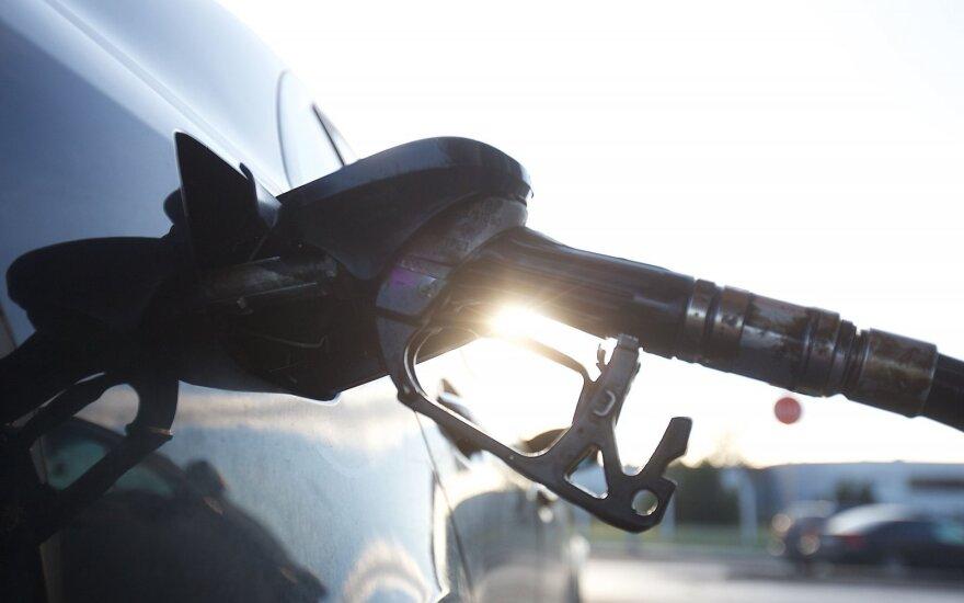 Дума приняла закон о повышении акцизов на бензин и дизтопливо