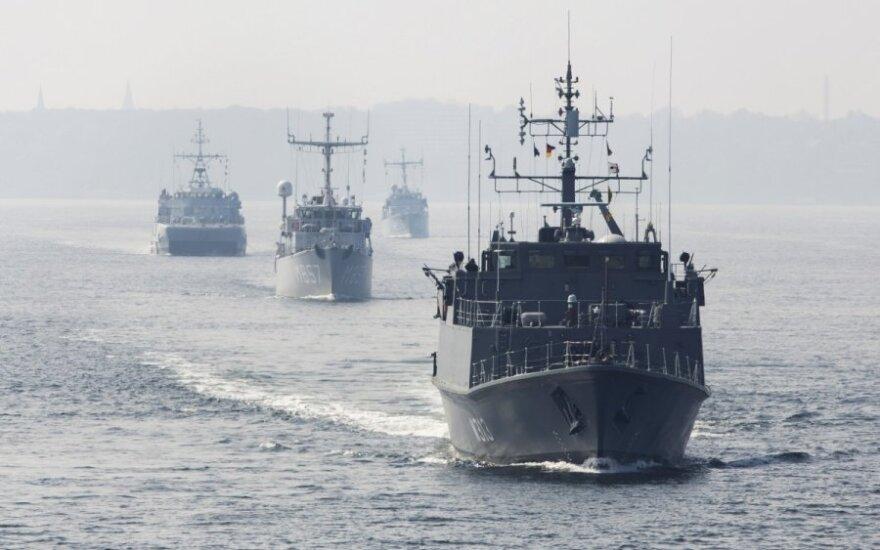 """Западные СМИ: НАТО """"играет мускулами"""" на Балтике на фоне """"вторжений"""" России"""