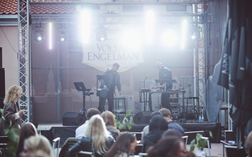"""""""Golden Parazyth"""" koncertas (Ryšių (""""Adform"""") kiemelio nuotrauka)"""