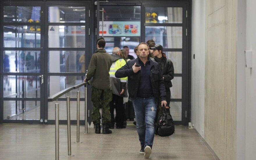Правительство разрешило въезд в Литву более 100 гражданам других стран