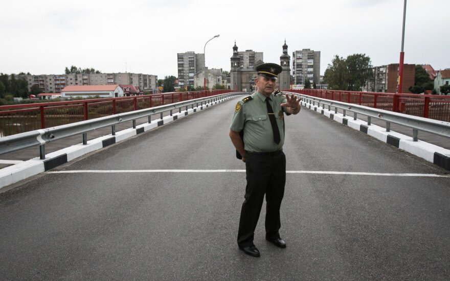 Работа Панемунского КПП: есть черта, которую не решаются переступить и таможенники