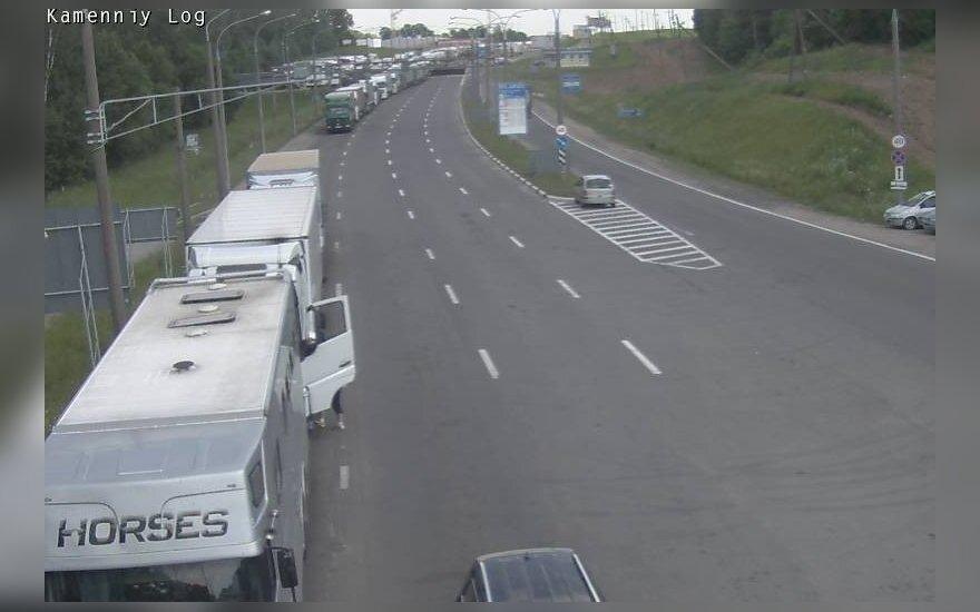 Krovininio transporto eilė Medininkai-Kamienny Log