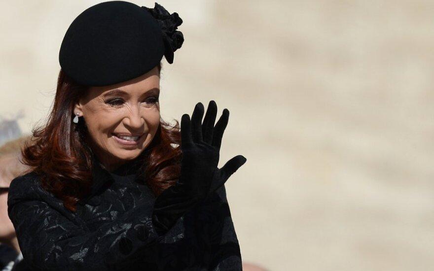 Президент Аргентины стала крестной ребенка гей-пары