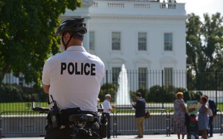 В США грабитель пытался проникнуть в Белый дом