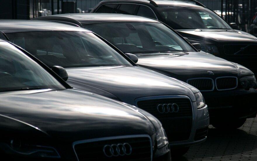 Никаких изменений: в Литву по-прежнему везут подержанные дизельные автомобили
