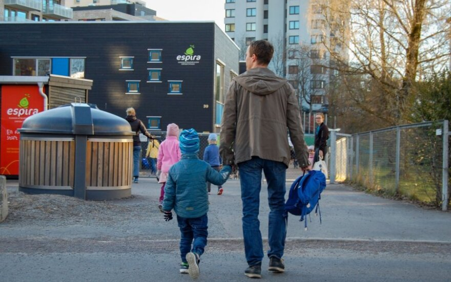 Norvegijoje į mokyklas grįžta pradinukai