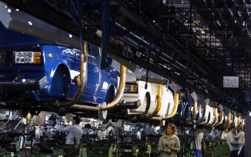 Эксперты: в России возобновился спад производства