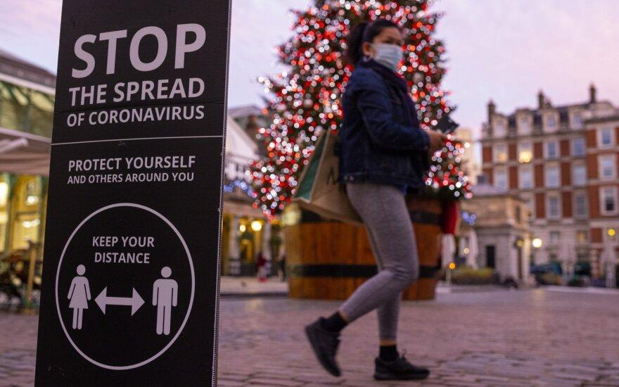 Коронавирус в мире: Англия сократит длительность карантина при въезде