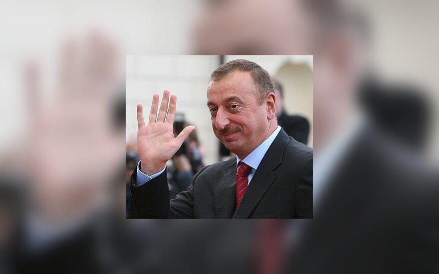 Алиев может избираться президентом сколько захочет