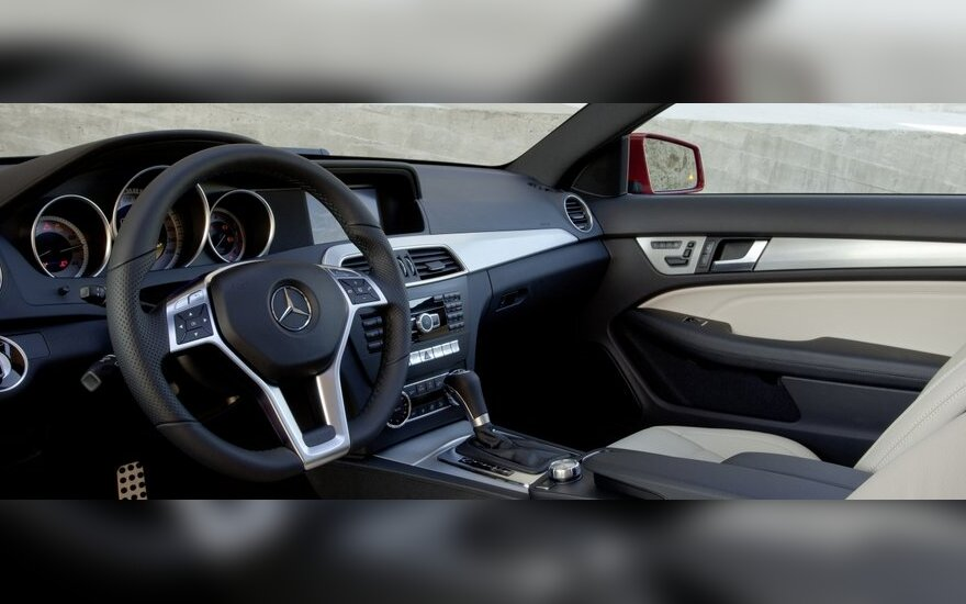 Женева-2011: самый мощный в мире внедорожник Mercedes