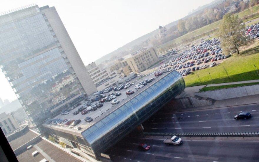 """Жители обеспокоены в связи с планами строительства нового здания около """"Вильняус вартай"""""""