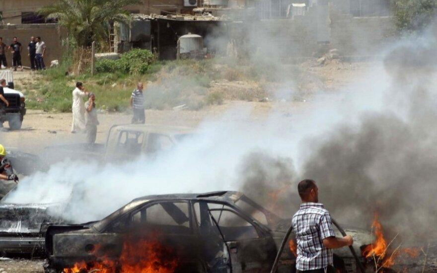 Bagdade nugriaudėjo su sprogimai