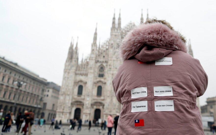 Премьер Чехии призвал Рим запретить гражданам Италии ездить по Европе