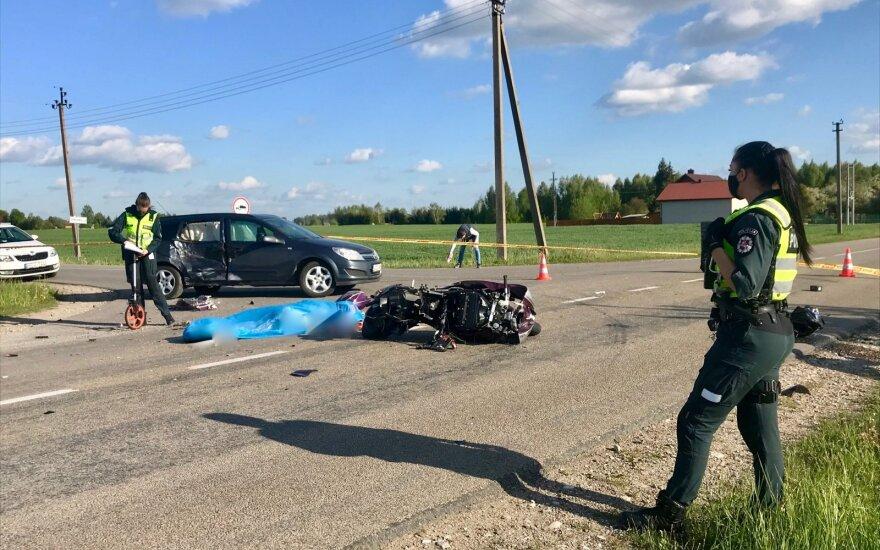 В Каунасском районе по вине нетрезвого водителя в ДТП погиб мотоциклист