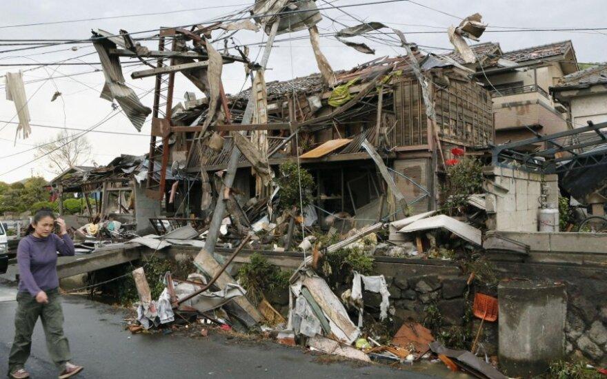 Japonijoje siautėjo tornadai