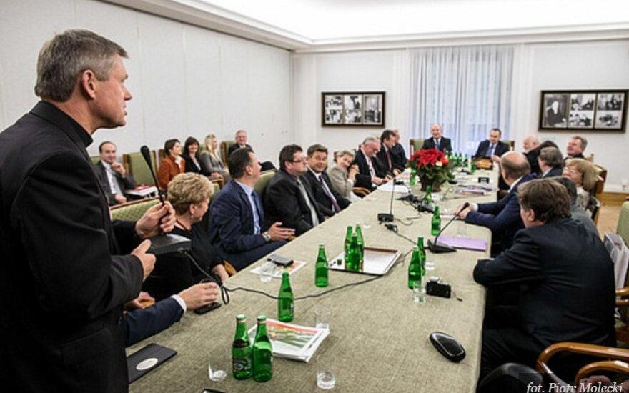 Spotkanie w Senacie z prezesami organizacji polonijnych i polskich z zagranicy