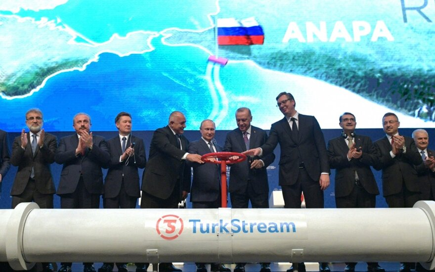 """Erdoganas ir Putinas iškilmingai atidarė dujotiekį """"TurkStream"""""""