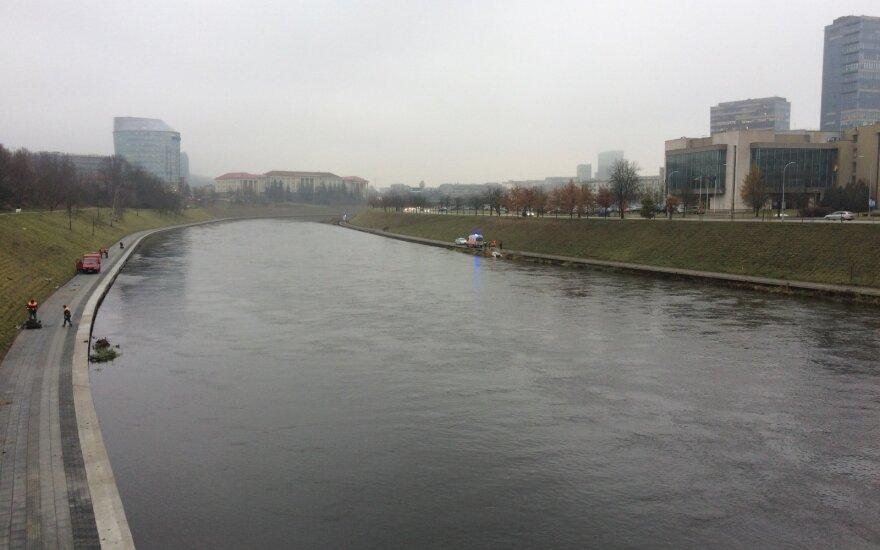 В пятницу в центре Вильнюса в реке утонул мужчина