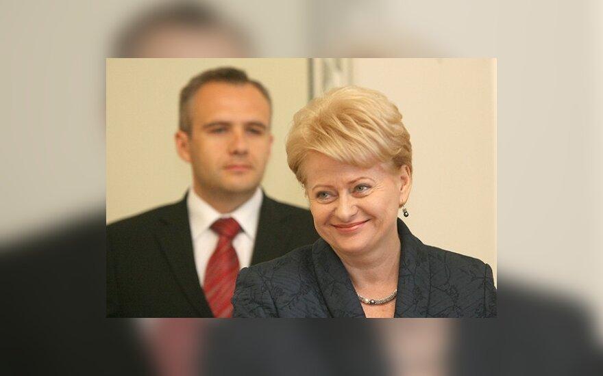 """Президент: экономика Литвы дальше """"падать"""" не будет"""