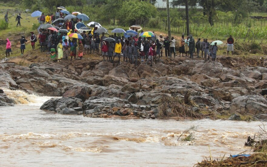 """Число погибших от циклона """"Идай"""" в Мозамбике превысило 644 человек"""