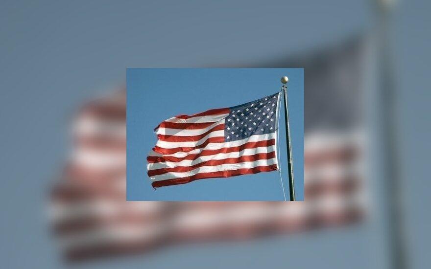 Pracownicy ambasady USA kontra język polski