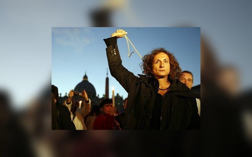 СМИ: В Сочи задержана итальянская политик-трансгендер