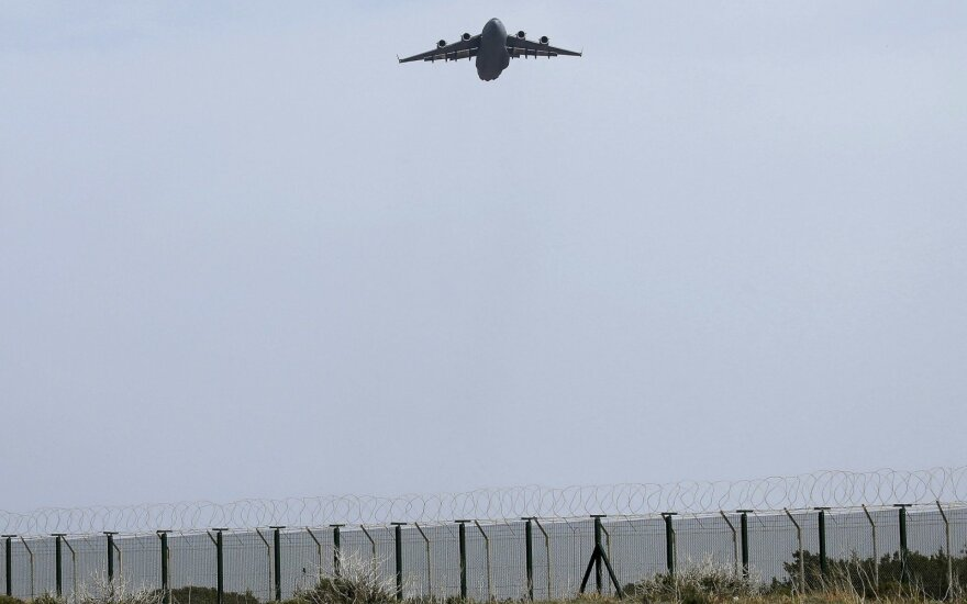 Истребители НАТО дважды сопроводили российские военные самолеты