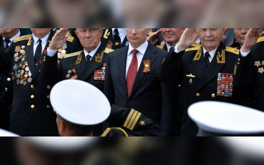 Генсек НАТО назвал визит Путина в Крым неуместным
