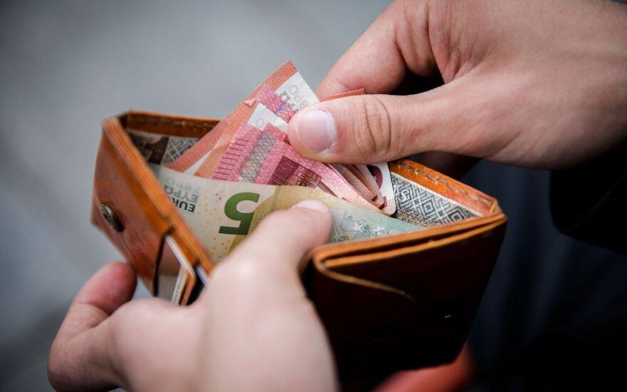 Зарплаты в Литве по-прежнему ниже, чем в Латвии и Эстонии