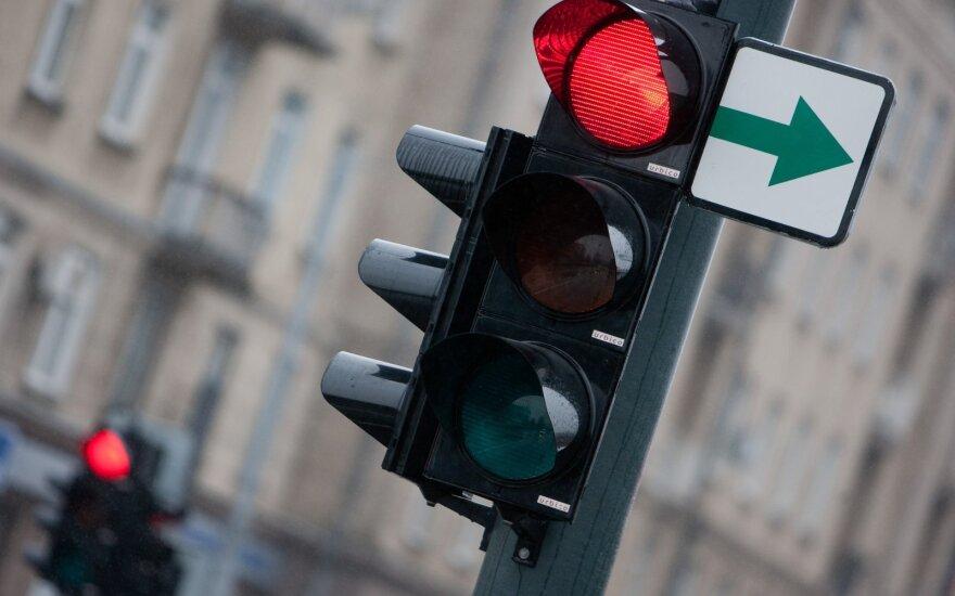 Хаос в связи с отменой зеленых стрелок продолжается – кто виноват